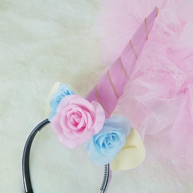 ユニコーンピンクの角とお花のカチュー...