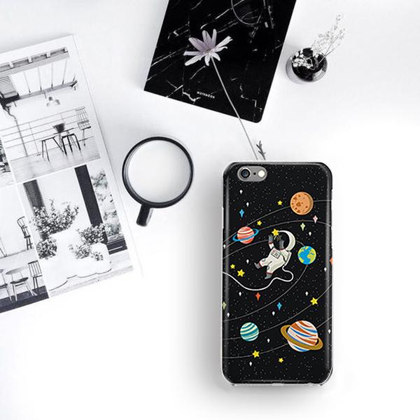 宇宙飛行士 TPU 携帯スマホケース (iP...