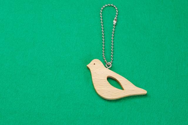 キジバト / 鳩 木のキーホルダー