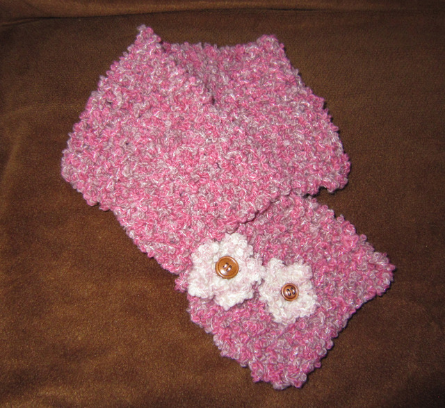 u02_ピンク&赤 お花のもこもこマフラー...