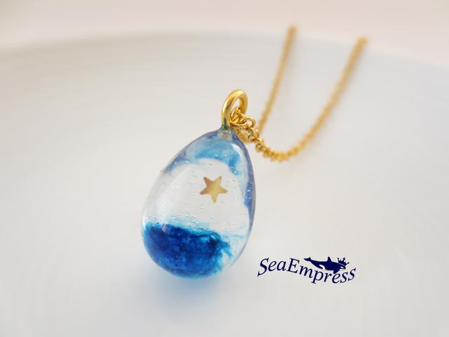 青い夜空と星の雫ネックレス(ゴールド)