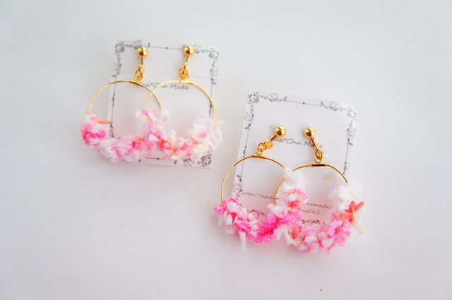 サマーピンク の 毛糸 イヤリング or ピアス