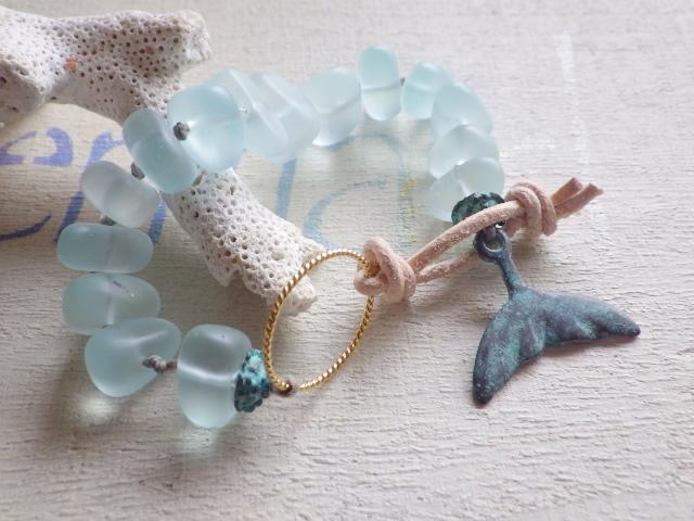 ??再販??Seaglass Bracelet -- Whale Tale