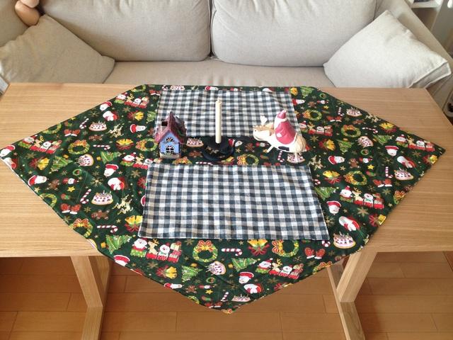 1年中使える♪クリスマステーブルクロスセット(モミの木色)