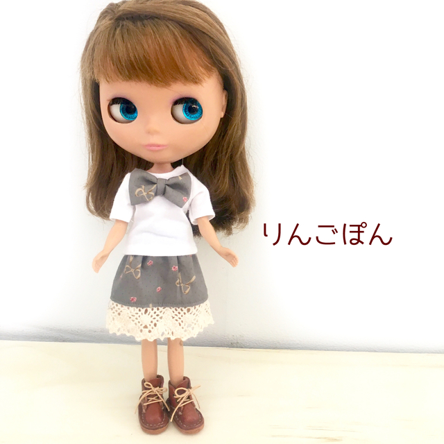 リボンのTシャツとスカート(リカちゃん...