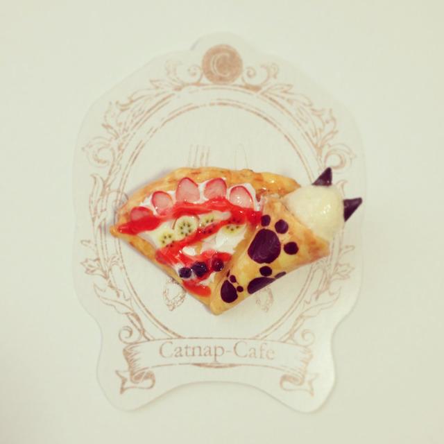 ねこクレープブローチ...Catnap-cafe