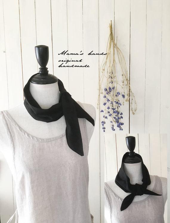 保冷剤 スカーフ 花刺繍 黒 エコ ♪