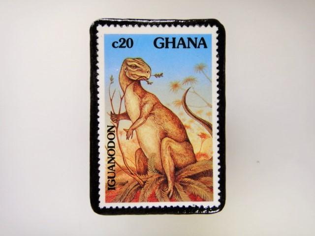 ギアナ 恐竜切手ブローチ 2725