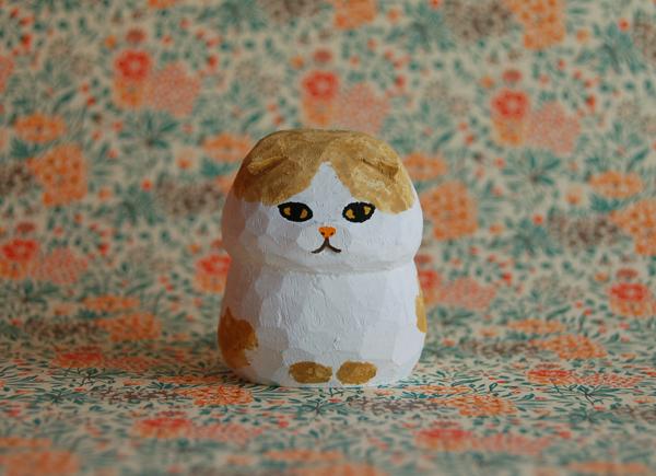 木彫り人形ネコ スコティッシュ2 白×...