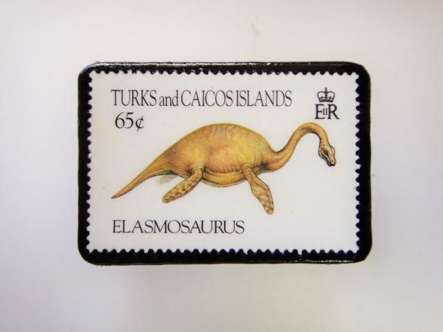 恐竜切手ブローチ 2731