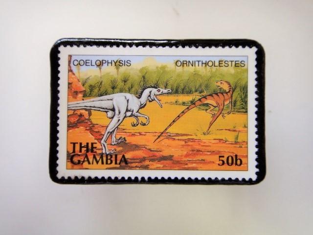 ガンビア 恐竜切手ブローチ 2732