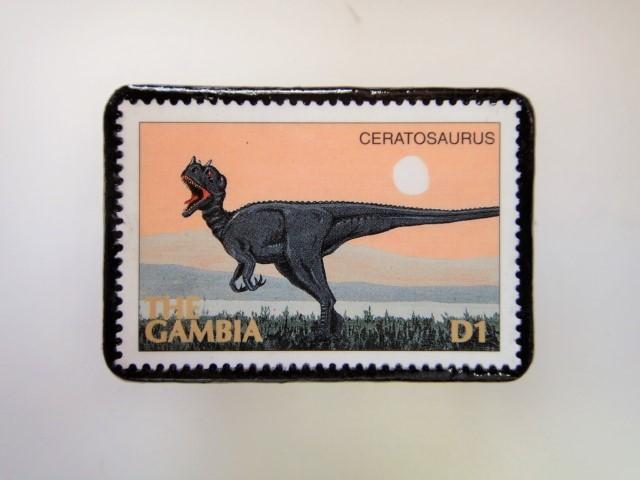 ガンビア 恐竜切手ブローチ 2733