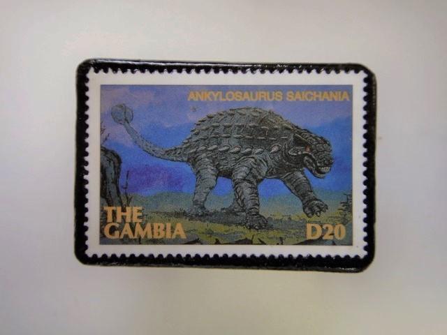 ガンビア 恐竜切手ブローチ 2737