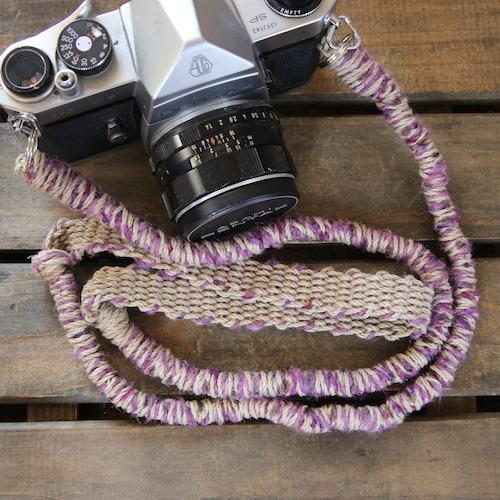 ウール混シルク糸の麻紐カメラストラップ(2重リング)