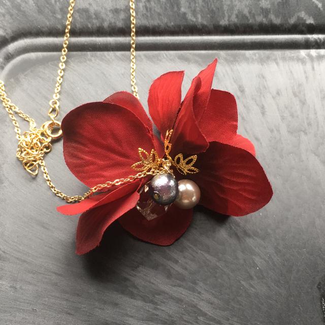 *イロアソビ* 赤 紫陽花 ネックレス