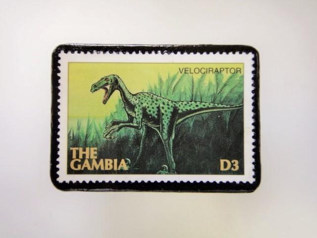 ガンビア 恐竜切手ブローチ 2739