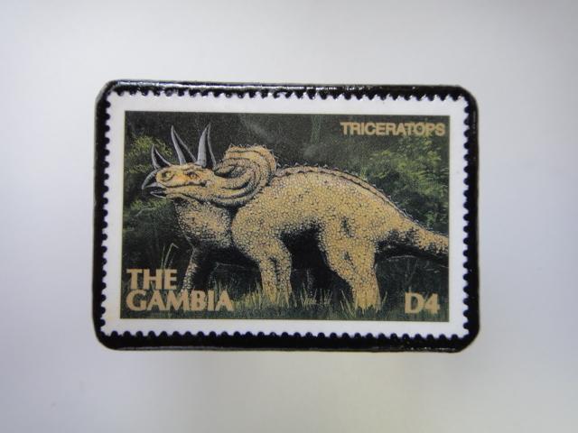 ガンビア 恐竜切手ブローチ 2740