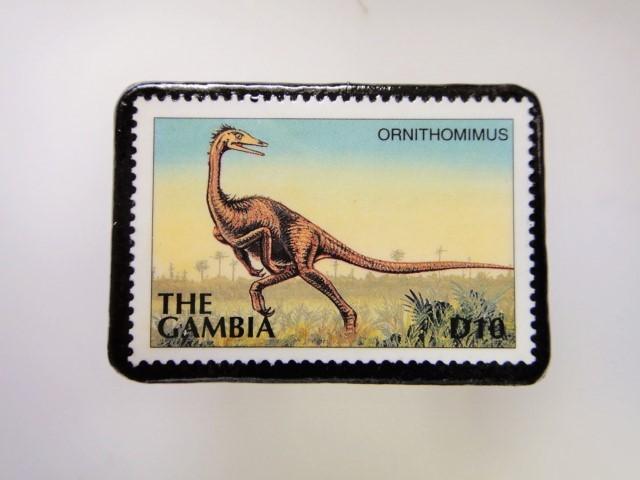ガンビア 恐竜切手ブローチ 2743