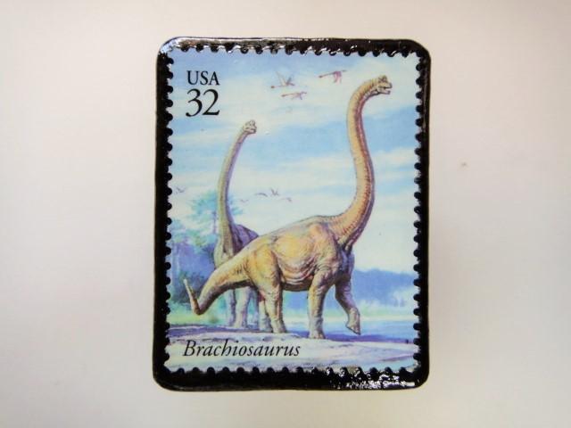アメリカ 恐竜切手ブローチ 2744