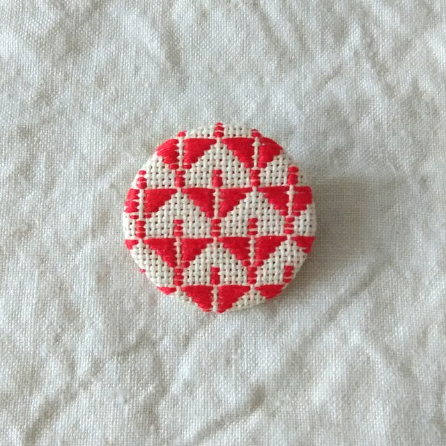 kogin brooch '' nobori chou '' /  red