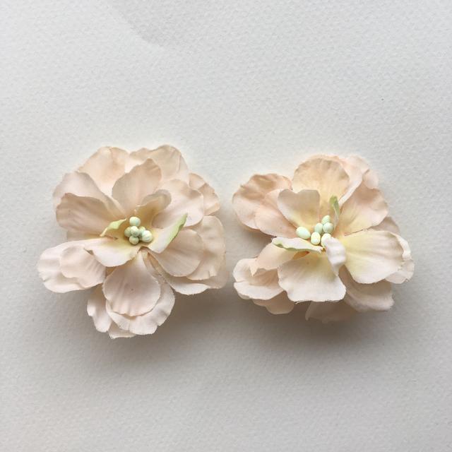お花のイヤリング  ウエディング 結婚式