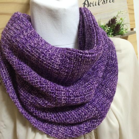 すっぽりかぶるスヌード 紫系