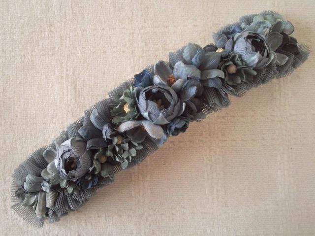 染め花のスリムロングバレッタ(グレー)