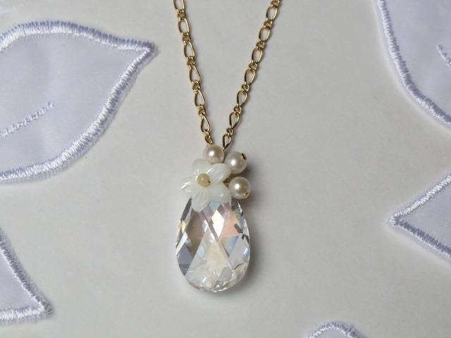 白雪姫のネックレス
