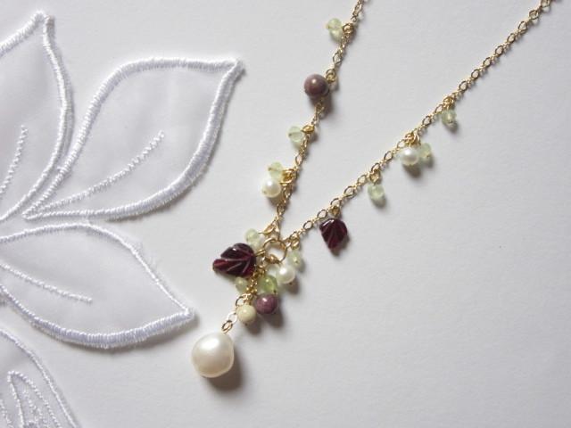 バロックパール木の実のネックレス
