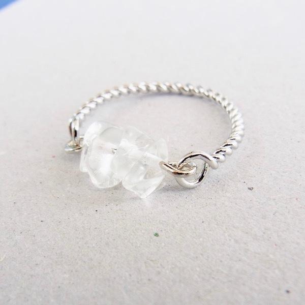 天然石《Crystal》のリング