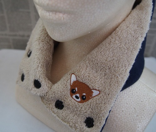 チワワの刺繍入りカイロポケット付タオルネックウォーマー(スーピマ超長綿・子供用ネイビー)
