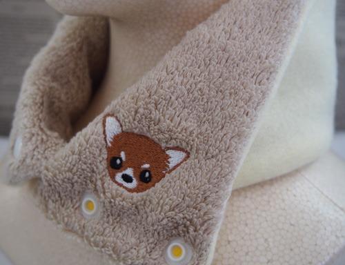 チワワの刺繍入りカイロポケット付タオルネックウォーマー(スーピマ超長綿・子供用クリーム)