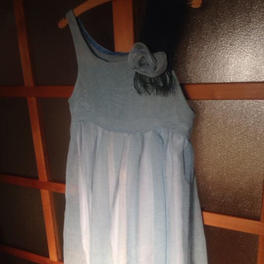 カヤ布のドレス