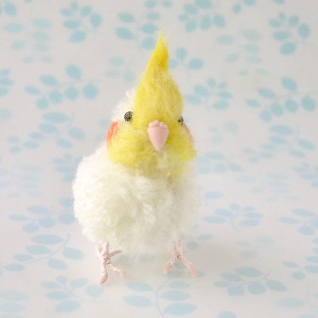 小鳥 オカメインコの人形1羽