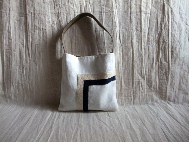 itoiro mini bag  (white-w&n)