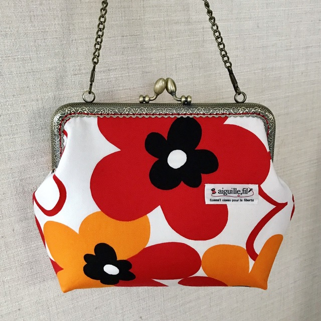 赤とオレンジの花柄*がま口バッグ