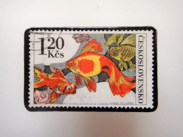チェコ 魚切手ブローチ 2799