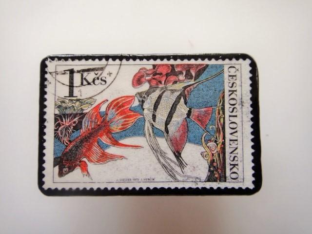 チェコ 魚切手ブローチ 2802