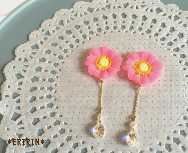 ピンクのお花の雫… ピアス/イヤリング
