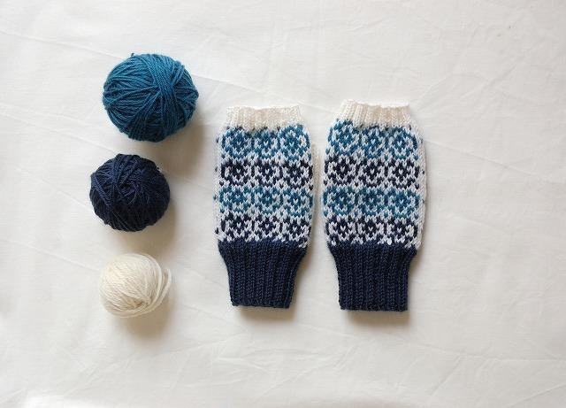 手編みの指なしミトン【Blue pansy】 ...