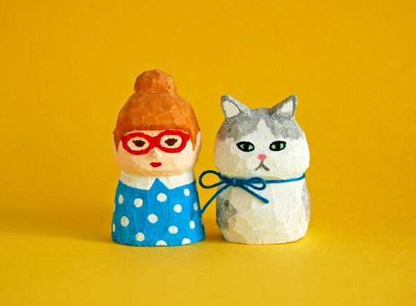 木彫り人形セット 赤いメガネの女の子...