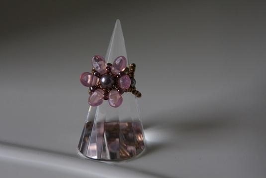 ロータスフラワーのリング(ピンク)