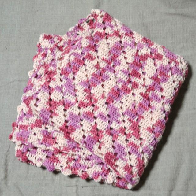 段染め模様編みのストール ピンク系