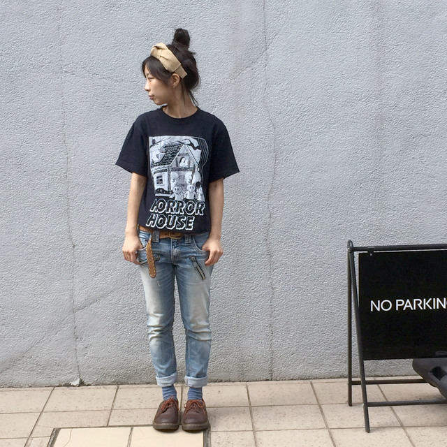PLANTER HORROR HOUSE ネコ Tシャツ