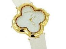 高級天然シェル クローバー腕時計  高級天然白蝶貝クローバー ウォッチ 18金メッキ