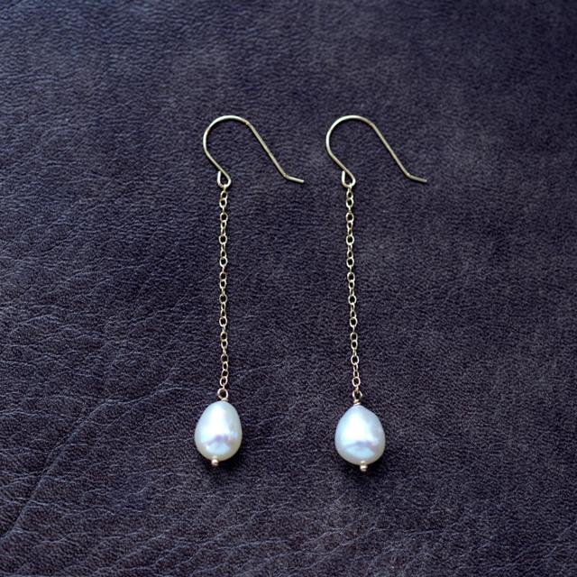 K18ドロップ真珠のロングピアス 〜Emil...