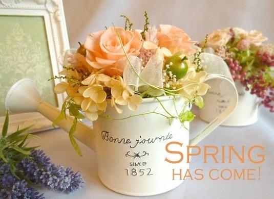 ジョーロに咲くお花