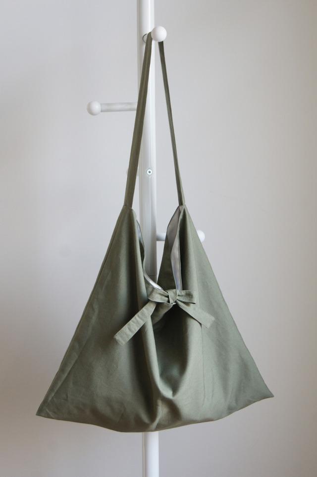 リボンのショルダーバッグ(カーキグリーン)