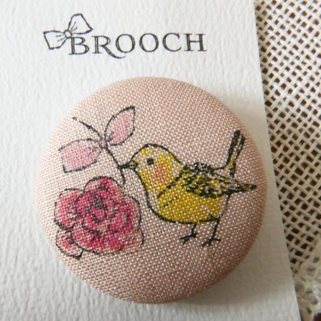 BROOCH 黄色のコトリとバラ PINK
