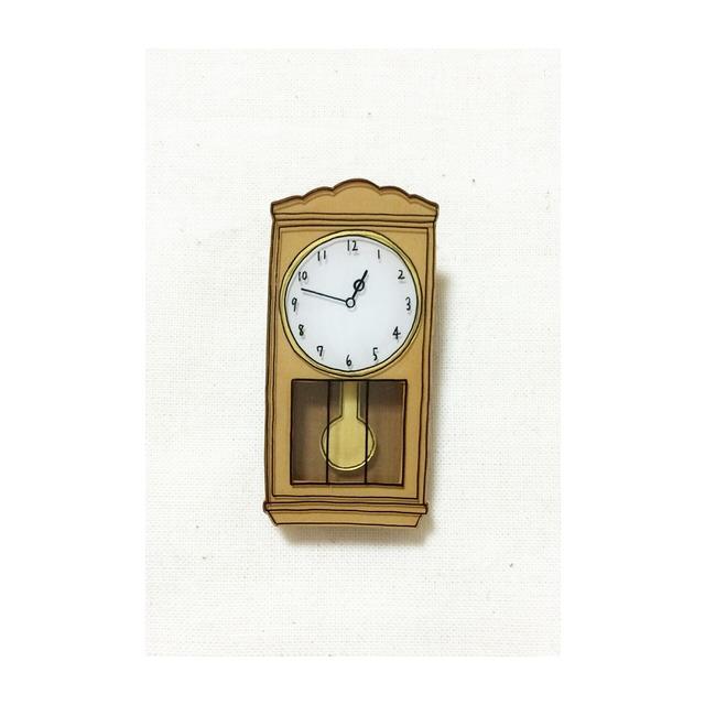 pendulum clock brooch 2